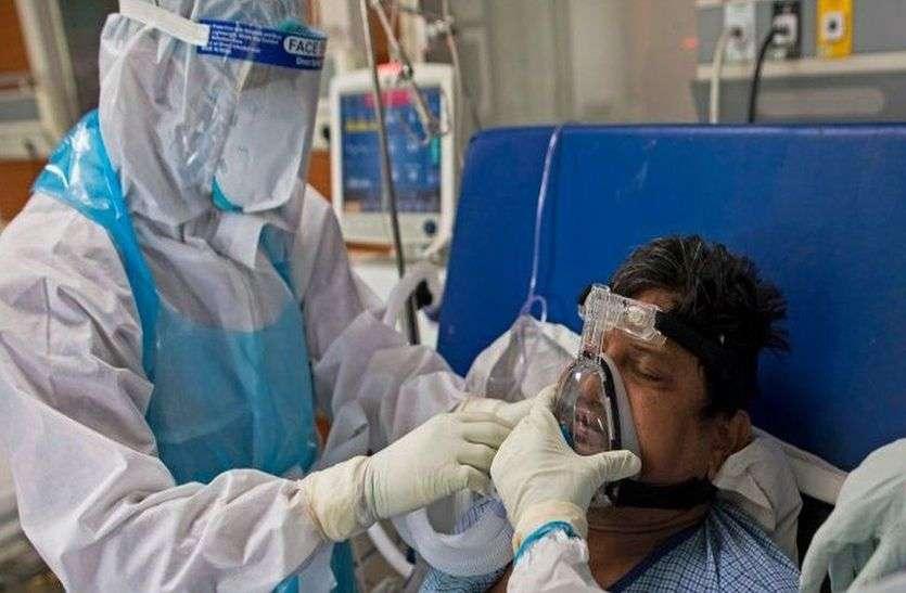 Mothers Day 2021: घर पर छोटा मासूम, अस्पताल में संभाल रही कोरोना मरीजों को