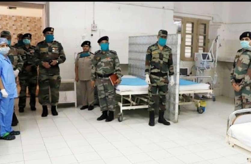 कोरोना से जंग में सेना के रिटायर डॉक्टर्स की मदद लेगा केंद्र, तेलंगाना में 50 हजार मेडिकल छात्रों की तुरंत नियुक्ति