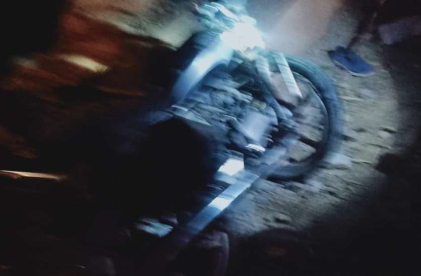 मांगलिक कार्यक्रम से वापस आ रहे तीन बाइक सवार की दर्दनाक मौत