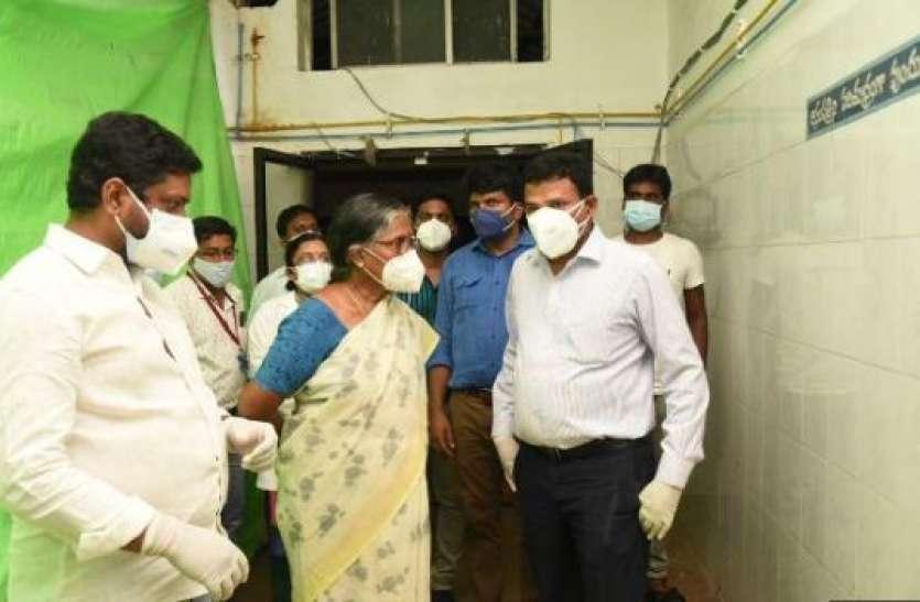 आंध्र प्रदेशः तिरुपति के अस्पताल में ऑक्सीजन सप्लाई रुकने से बड़ा हादसा, 11 कोरोना संक्रमितों की मौत