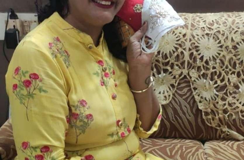 कोरोना काल में चेन्नई की राखी खडलोया ने शुरू किया मास्क बनाने का काम, सौ से अधिक वैरायटी के मास्क