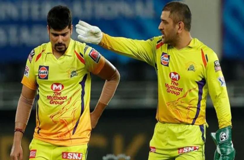 कोरोना के संकट में यह क्रिकेटर चुपचाप कर रहा लोगों की मदद, सोनू सूद ने किया खुलासा