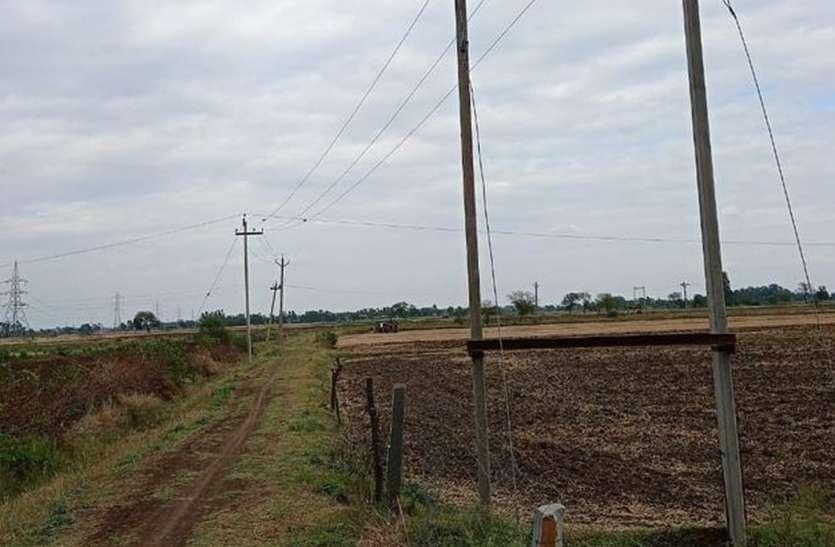 ट्रांसफार्मर नहीं मिलने से संकट में धान की खेती