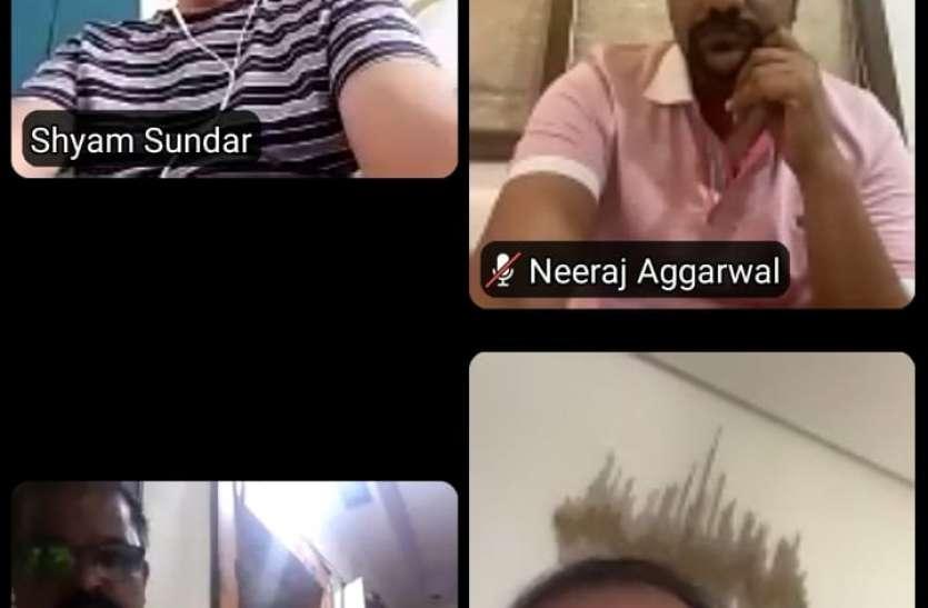 SURAT KAPDA MANDI: अटके पैमेंट की निकासी पर रहा जोर