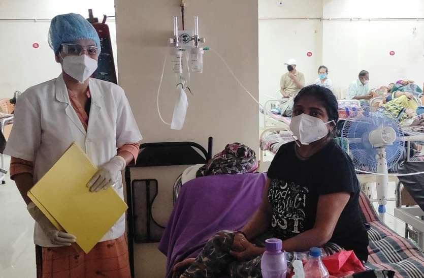 Gujarat: 96 फ़ीसदी संक्रमित फेफड़े के बावजूद प्रौढ़ महिला ने कोरोना को दी मात