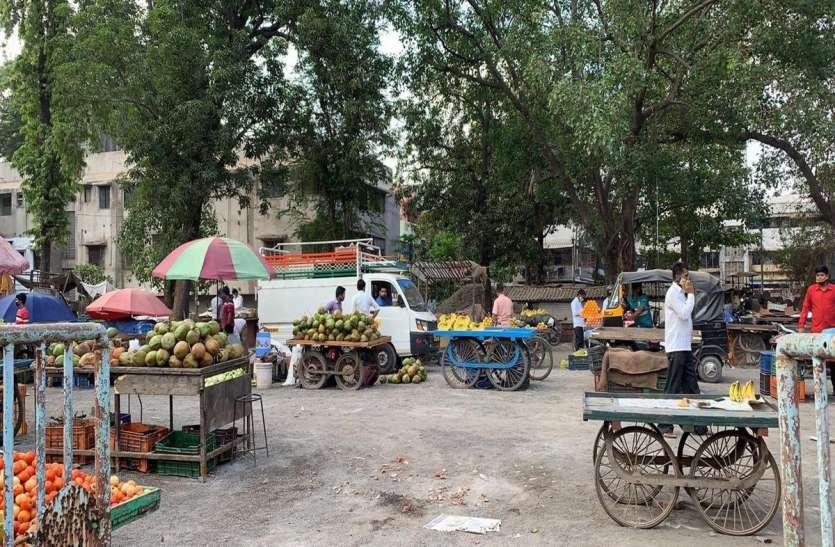 फलों की कीमतों में उछाल, संतरे बाजार से गायब