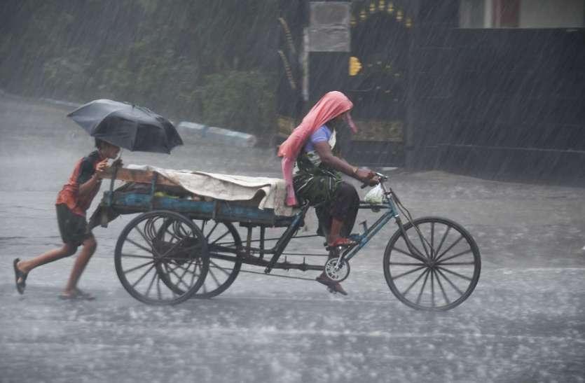 चेन्नई में लगातार दूसरे दिन कहीं बूंदाबांदी तो कहीं तेज बारिश हुई, गर्मी से मिली राहत