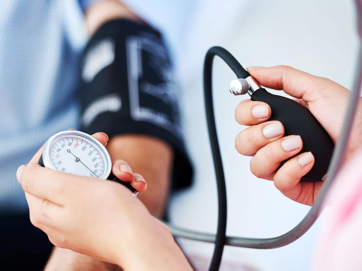 High BP Remedies: How To Controle High Blood Pressure Levels - High BP  Remedies: गर्मी के दिनों में हाई ब्लड प्रेशर कंट्रोल करने के लिए इन फलों का  जरूर करें सेवन, यहां
