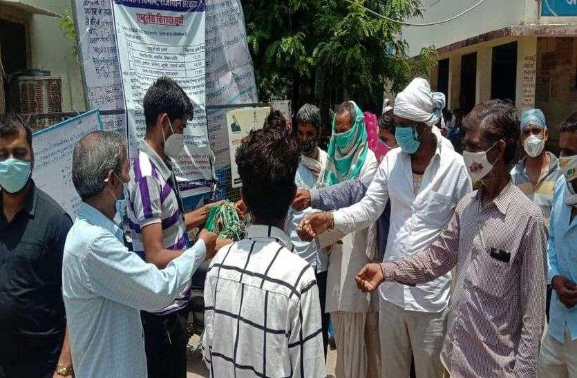 महामारी से महामुकाबला: संकटकाल में प्योर इंडिया ने की मदद की पहल