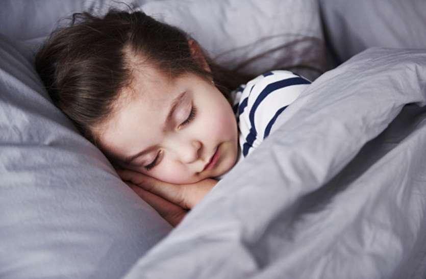 अच्छी नींद चाहते हैं, तो अपनाएं ये तरीके