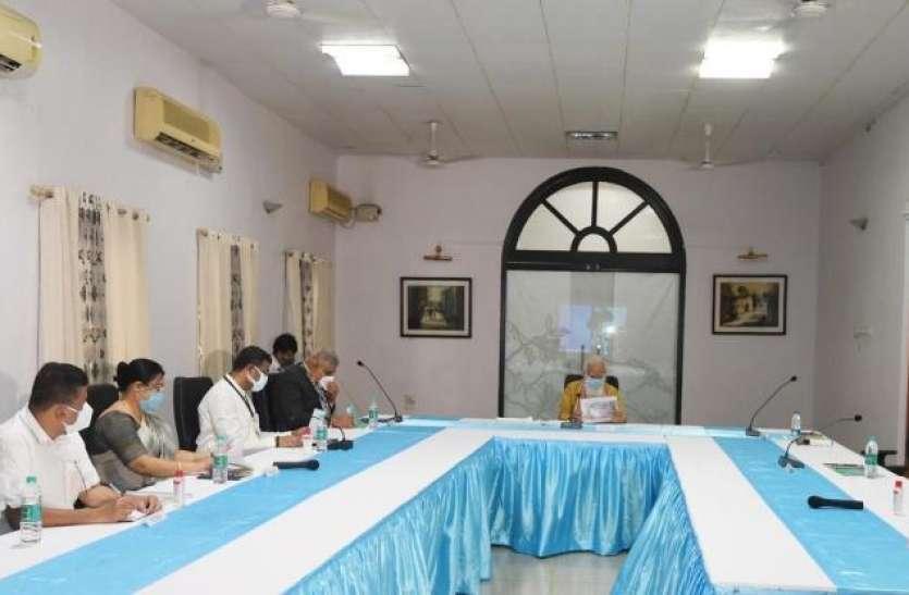 ममता बनर्जी ने पीएम मोदी और राज्यपाल धनखड़ को 30 मिनट कराया इंतजार, मांगी 20 हजार करोड़ रुपये की मदद