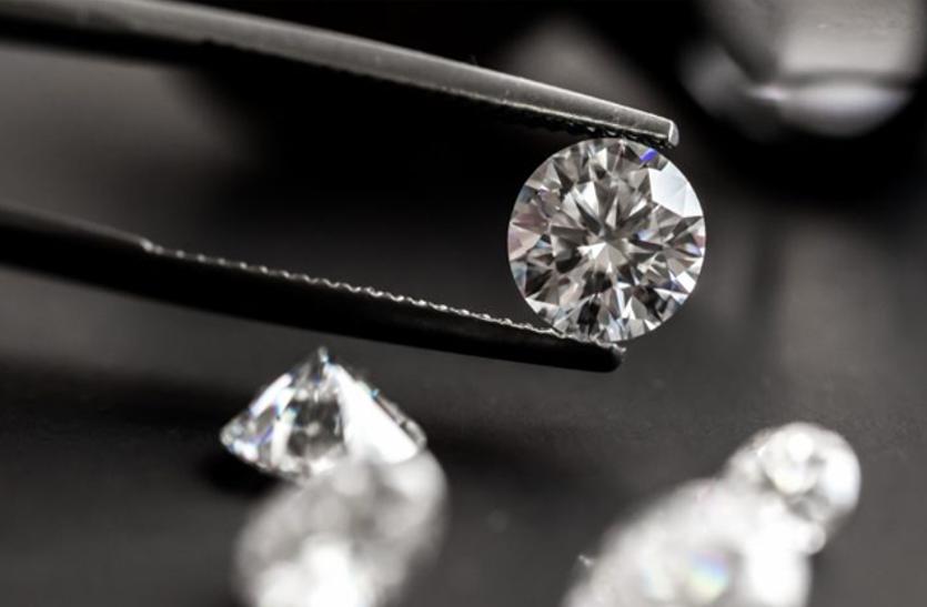हीरा व्यवसायियों की आय में 20 फीसदी तक की बढ़ोतरी