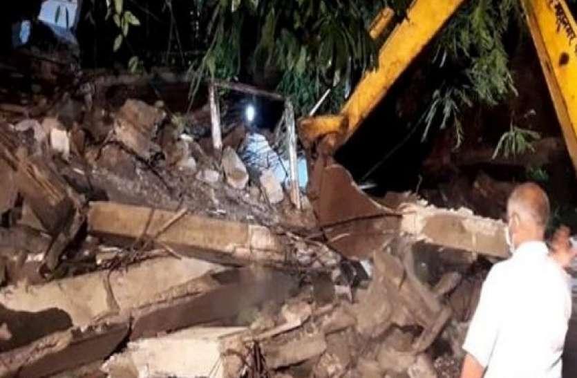 मुंबई के बांद्रा इलाके में चार मंजिला इमारत का हिस्सा गिरने से हादसा, एक की मौत पांच घायल