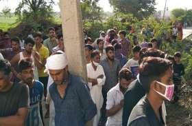 मंदिर के दरवाजे पर की आत्महत्या, एफएसएल ने जुटाए साक्ष्य