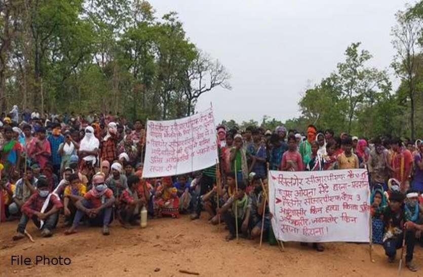 सिलगेर में बन रहे टकराव के हालात, कंटेनमेंट जोन होने के बाद भी रैली निकालने पर अडिग है ग्रामीण