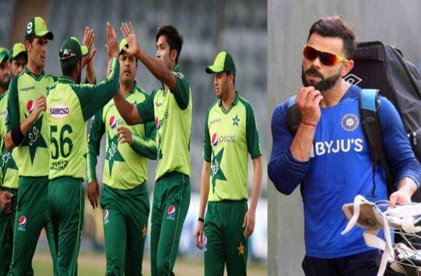 भारत के मुकाबले पाकिस्तानी क्रिकेटर्स को मिलती हैं इतनी कम सैलरी