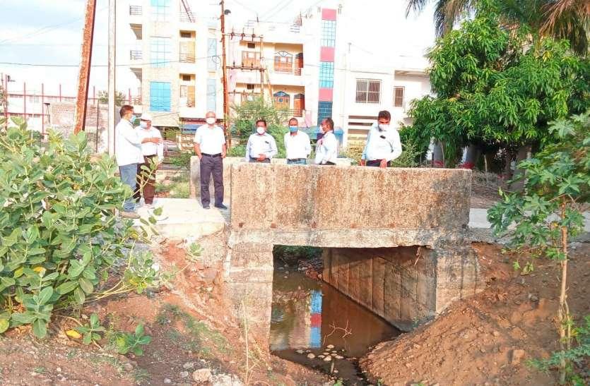 वर्षा के पूर्व जल भराव के स्थानों को चिह्नित कर सफाई करें