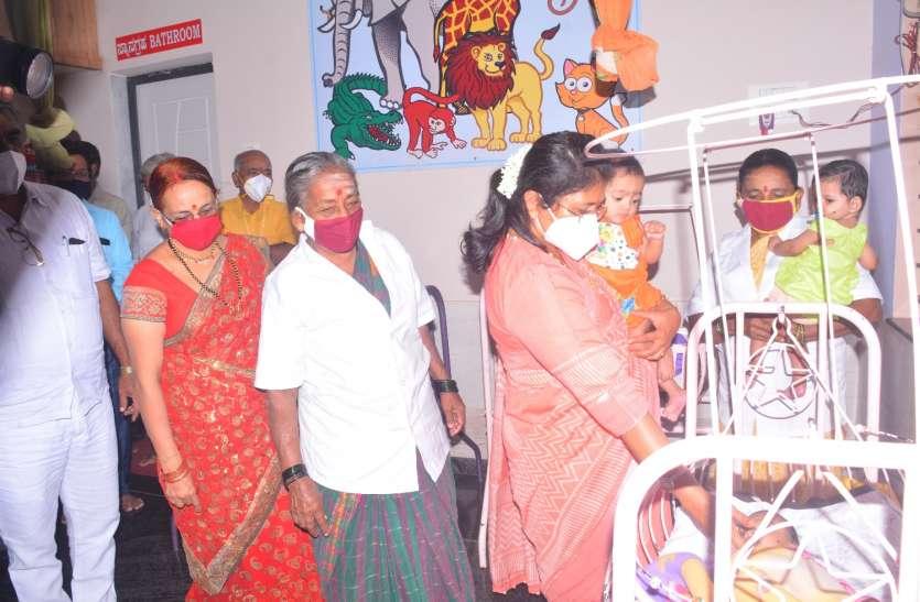 राज्य भर में 32 बच्चे हुए अनाथ