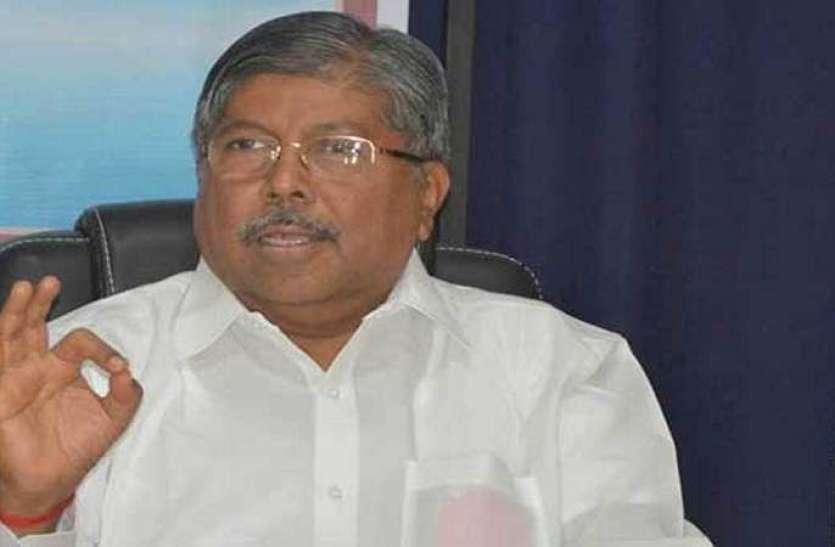 महाराष्ट्र भाजपा अध्यक्ष ने शिवसेना पर कसा तंज, पिंजरे में बंद बाघ से दोस्ती नहीं करना चाहते