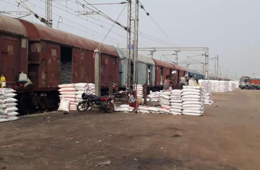 कोरोना काल में रेलवे का बढ़ा कारोबार, माल ढुलाई से करोड़ों रुपए की आय