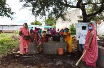 ठेठ गांव में रहने वाली महिलाओं ने ऐसा किया कमाल कि उनका हुनर देख पुरुष भी रह गए दंग