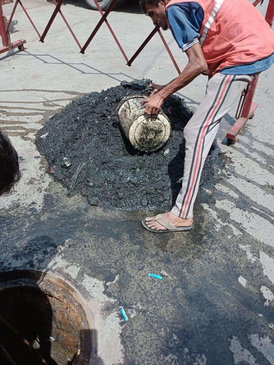 SURAT KAPDA MANDI: 10 साल में पहली बार हो रही है साफ-सफाई