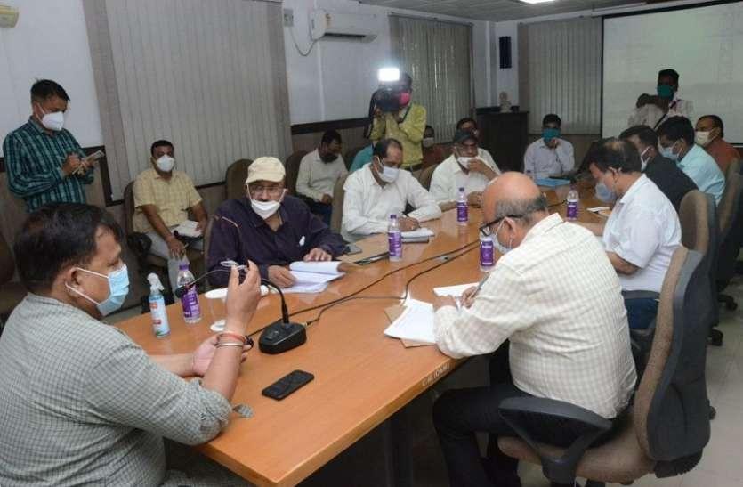 शहर में विद्युत कटौती बढ़ी, ऊर्जा मंत्री ने ली अधिकारियों की क्लास