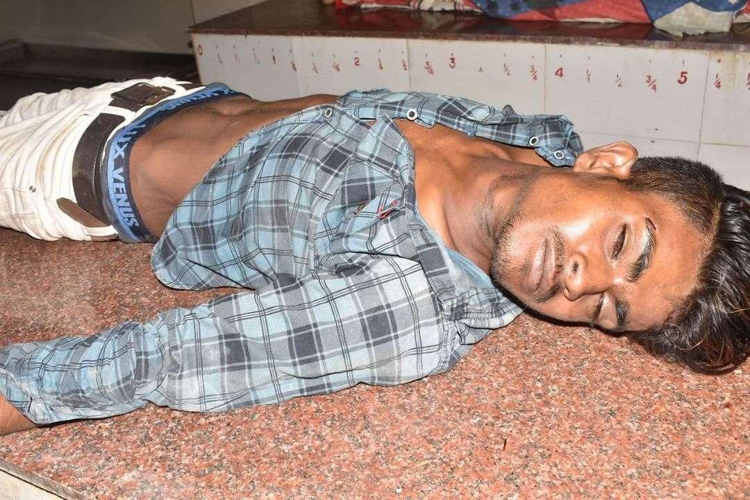 आरपीएफ पोस्ट में युवक की संदिग्ध मौत