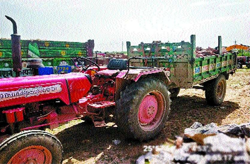 हिमाकत: गश्ती दल से खनन कारोबारियों ने की हाथापाई