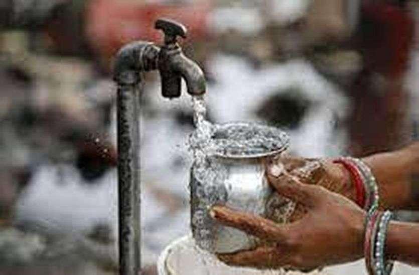 जलदायकर्मी मोटी रकम लेकर करा रहे थे अवैध जल कनक्शन,आरोप सही साबित होने पर किए निलम्बित
