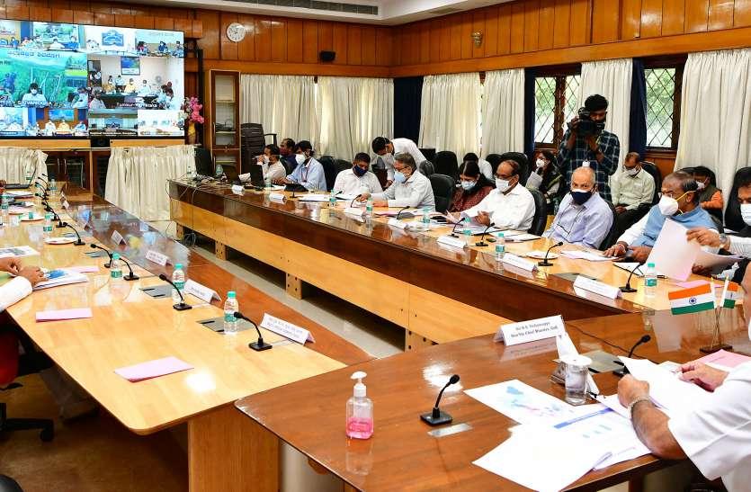 कर्नाटक के 11 जिलों में एक सप्ताह बढ़ा लॉकडाउन