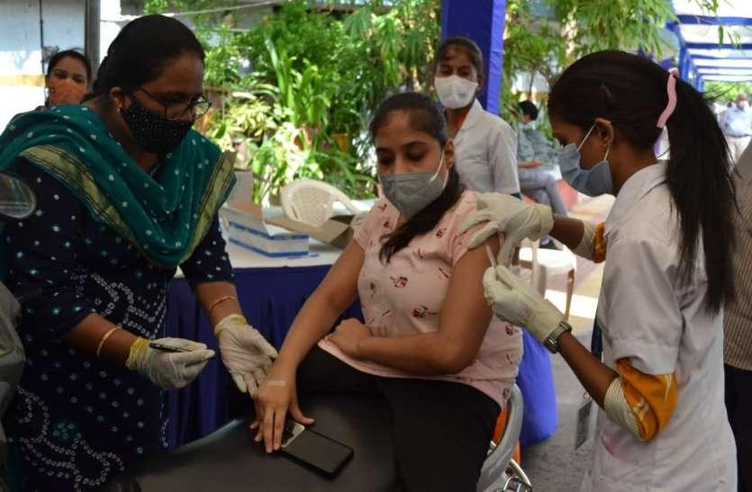 Gujarat: गुजरात में लगातार दूसरे दिन 500 से कम नए मरीज, 6 मौत