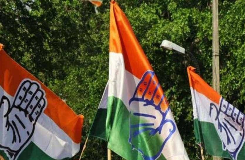 यूपी कांग्रेस का सीएम योगी पर निशाना, कहा- कुर्सी बचाने के लिए दिल्ली की दौड़ लगा रहे मुख्यमंत्री, परेशान जनता की नहीं फिक्र
