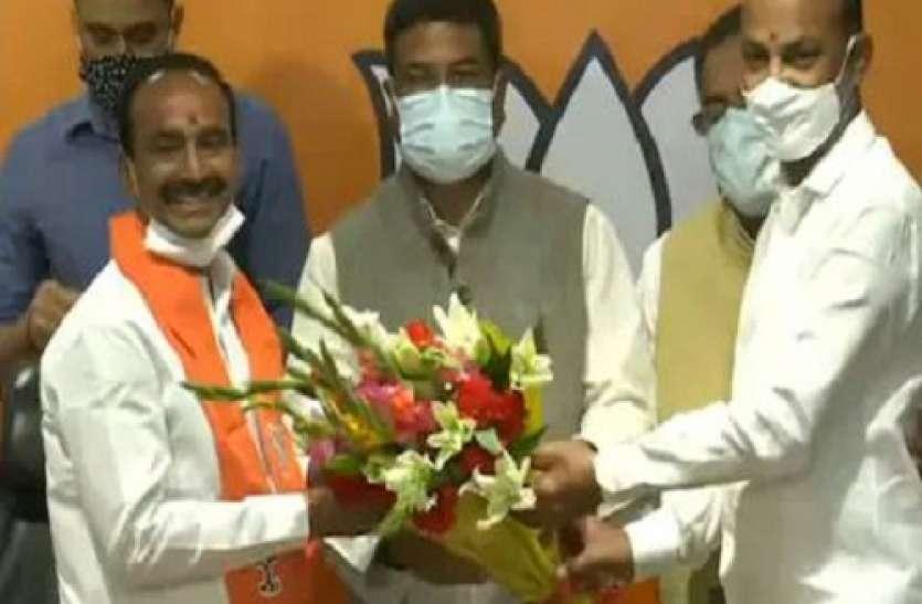 Telangana: पूर्व स्वास्थ्य मंत्री ई राजेंद्र ने थामा बीजेपी का दामन, दो दिन पहले दिया था इस्तीफा