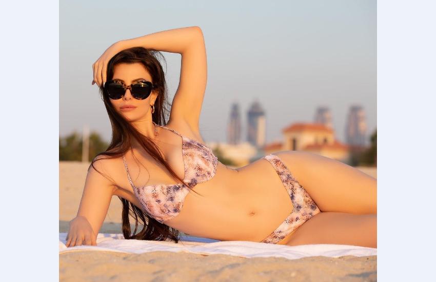 giorgia_andriani_bikini_photos.png