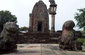 सबसे भव्य लेकिन बिना प्रतिमाओं का रह गया गडऱमल मंदिर