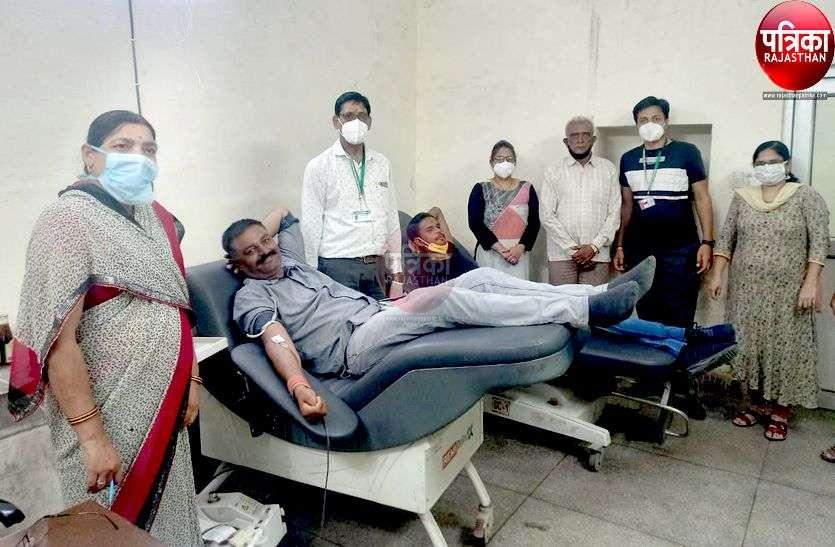 विश्व रक्तदाता दिवस विशेष: पाली में रक्तदान का ऐसा जुनून, आवाज देते ही पहुंच जाते हैं रक्तदाता