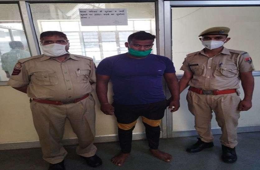 वाहनों के स्पेयर पार्ट चुराने वाला नकबजन गिरफ्तार