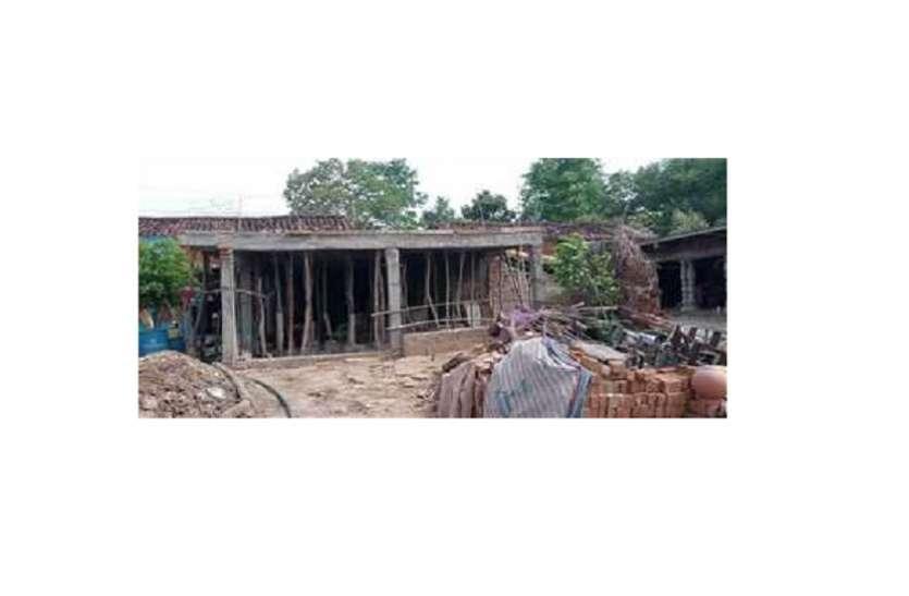 भू माफिया का वर्चस्व, किसान की जमीन हड़पी, रातो रात बना लिया मकान