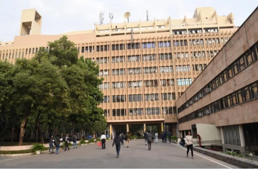 IIT Delhi and Roorkee Big Initiatives: दिल्ली ने रिसर्च सेंटर तो रुड़की ने नए डिजाइन विभाग की घोषणा की, यहां पढ़ें पूरी डिटेल्स