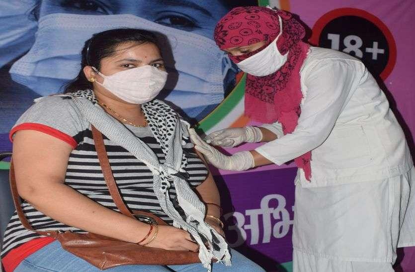 विदेश जाने वालों को लगेगा 31 अगस्त तक कोविशील्ड का टीका