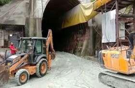 सुरंग का निर्माण करते समय मिट्टी धंसने से दो मजदूरों की मौत, 5 घायल