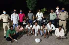 पुलिस और बदमाशों के बीच ऐसी मची भागमभाग कि खेतों में काम करने वाले मजदूर भी देखकर रह गए दंग