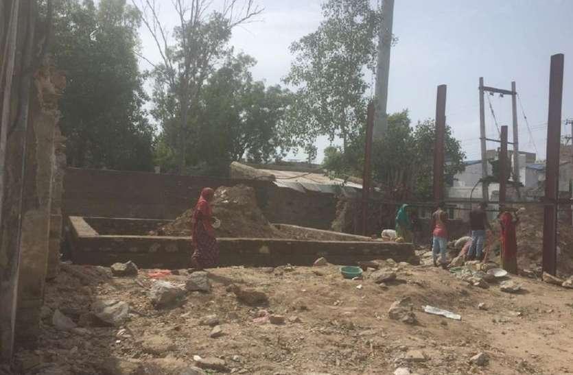कोरोना की 'तीसरी लहर, से जंग की तैयारी: अब गांवों में सीएचसी पर लगेंगे ऑक्सीजन जनरेशन प्लांट