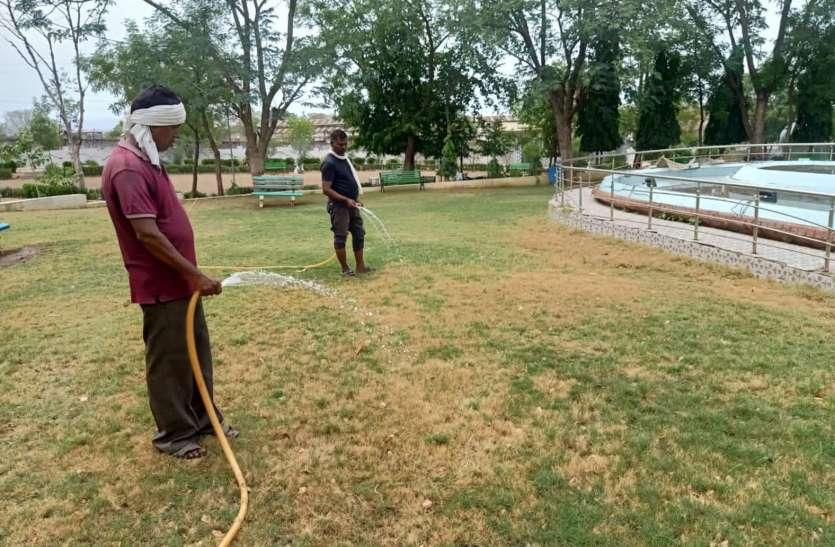 शहर के गंदे पानी को शुद्ध कर गार्डन में कर रहे उपयोग, खिल उठे मुरझाएं पौधें
