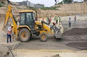 Ram Mandir : मंदिर निर्माण की नींव भराई में पूरे हुए EFM के 10 लेयर