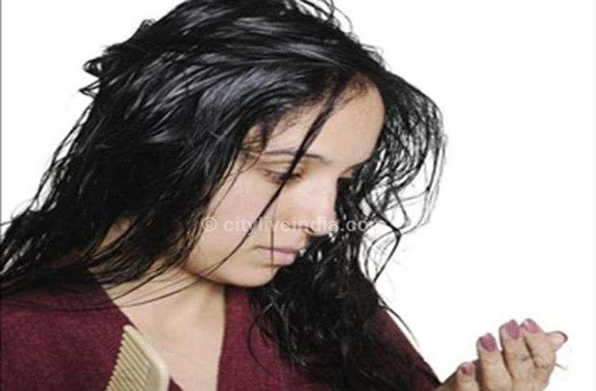 Health Tips: बालों का गिरना, खुजली और डैंड्रफ जैसी समस्याओं से ऐसे पाएं छुटकारा, अपनाएं ये घरेलु नुस्खे