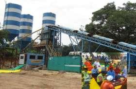 Ram Mandir : नींव भराई के लिए लगाई गई 120 घन मीटर की क्षमता का प्लांट, जाने कैसे हो रहा कार्य