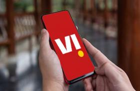 वोडफोन आइडिया 15 दिनों के लिए दे रहा फ्री कॉलिंग और फ्री डाटा, जानिए कैसे और किसे मिलेगा यह लाभ