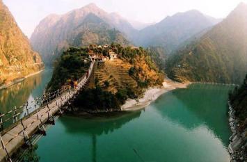 ट्रैवलॉग अपनी दुनिया : हिमाचल की शांत सुरम्य कंगोजोड़ी
